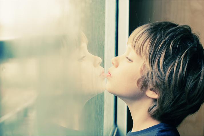 Aide aux personnes atteintes d'autisme - Cléyade